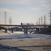 En voulant enterrer la rivière de béton de Los Angeles, Frank Gehry suscite la grogne des écologistes