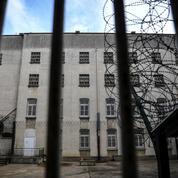 Châteauroux : un détenu agresse trois surveillants de prison