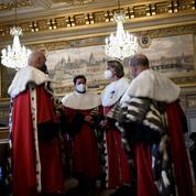 Justice : le recours illimité à la visioconférence censuré par le Conseil constitutionnel