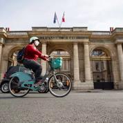 La justice ordonne à Beaucaire de retirer sa crèche de Noël, recours devant le Conseil d'État.