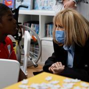 Brigitte Macron annonce que l'opération «pièces jaunes» soutiendra la lutte contre les violences faites aux enfants