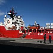 Plus de 370 migrants secourus par l'Ocean Viking seront débarqués en Italie