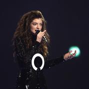 Après avoir plaidé coupable pour harcèlement sexuel, le manager de Lorde renvoyé par Warner