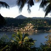 Covid-19 : les cas augmentent à Mayotte, le préfet confine trois communes de l'île