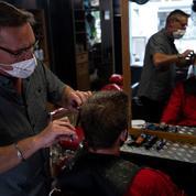 Inquiets d'un possible reconfinement, les Français se ruent chez le coiffeur