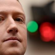 Facebook envisagerait des poursuites contre Apple