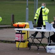 Covid-19 : opération de dépistage massif en Angleterre après des cas de variant sud-africain