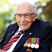 «Captain Tom», le vétéran britannique centenaire et héros de la lutte contre le Covid-19, est mort