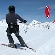 Que faire en montagne sans ski ? Le snowkite, la glisse en liberté