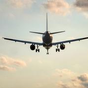 Transport aérien : le trafic mondial de passagers s'est effondré de 66% en 2020