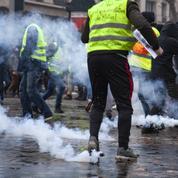 Gilet jaune éborgné à Rennes: un policier mis en examen
