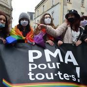 Rejet au Sénat de la PMA pour toutes : les associations LGBT et de célibataires furieuses