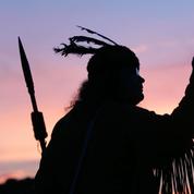 Aux États-Unis, la langue des indiens Cherokee, victime collatérale de la pandémie