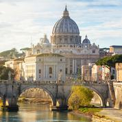 Vatican: une Française nommée sous-secrétaire du Synode, première femme à ce poste