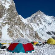 Pakistan: trois alpinistes portés disparus sur le K2