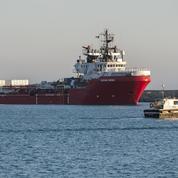 L'Ocean Viking et ses 422 migrants secourus vont accoster en Sicile