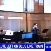 Il oublie sa flûte à 22.000 dollars dans un métro de Chicago et la retrouve grâce à des sans-abris