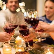 Couvre-feu : aucune loi ne permet de limiter le nombre d'invités chez soi