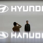 Hyundai dévoile une version robot de son véhicule qui roule et qui rampe