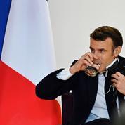 Macron à distance au sommet du G5 Sahel à N'Djamena, message de Blinken prévu