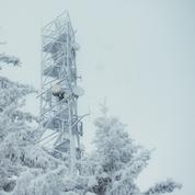 «Dès que l'on dépasse la cime des arbres, le pylône bouge» : dans les coulisses d'une intervention des pompiers des télécoms