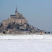 Entre froid et Covid, l'étrange début de vacances des Français de la zone C