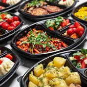 Livraison de repas: des entreprises signent une charte pour réduire les déchets et emballages à usage unique