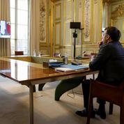 Emmanuel Macron maintient la pression militaire française au Sahel
