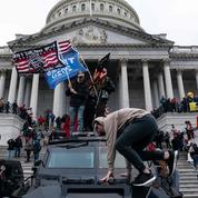 Assaut du Capitole : un élu démocrate porte plainte contre Trump