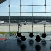 Aéroports parisiens: le Covid-19 fait chuter le trafic de 73,5% en janvier