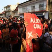 En Guyane et en Martinique, le carnaval comme si le Covid-19 n'existait pas