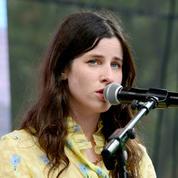Buzzy Lee, fille de Steven Spielberg, signe un premier album éthéré
