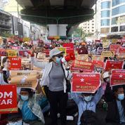 Washington exhorte la Birmanie à «ne pas faire usage de violence» après la mort d'une manifestante