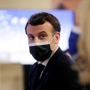 Covid-19 : Macron se donne «huit à dix jours» pour décider d'une évolution des restrictions