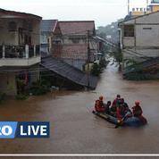 Des inondations dans la capitale indonésienne Jakarta font cinq morts