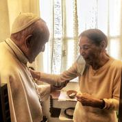 La visite du pape à une survivante des camps saluée par le Congrès juif mondial