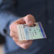Voyager avec des documents d'identité périmés, mission impossible ?
