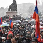 Arménie : l'opposition donne au premier ministre une «dernière chance» pour partir sans violences