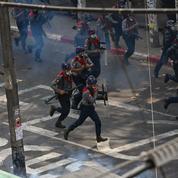 Birmanie : des balles en caoutchouc tirées contre les manifestants à Rangoun