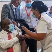 Covid : «baisse spectaculaire» des cas en Afrique du Sud et allègement des restrictions