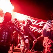 Qui sont les «Men in Black», ces militants danois «coronasceptiques» ?