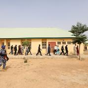 Nigeria : négociations en cours pour libérer les 317 adolescentes enlevées