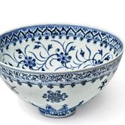 Acheté 35 dollars, un bol chinois de la dynastie Ming pourrait être vendu 500.000 dollars
