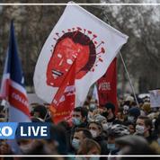 Colère du monde de la culture : les manifestants occupent le théâtre de l'Odéon