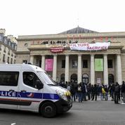 Crise sanitaire : les occupants du théâtre de l'Odéon comptent «rester jusqu'au bout»