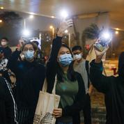 Hongkong : quatre militants pour la démocratie libérés sous caution