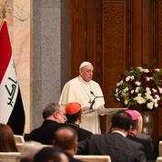 «Assez de violences, d'extrémismes, d'intolérances», plaide le pape François à son arrivée en Irak