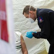 Covid-19 : les pompiers de Paris en renfort de la vaccination