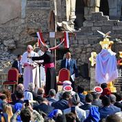 La prière poignante du pape à Mossoul : « il ne nous est pas permis de faire la guerre au nom de Dieu »