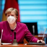 Pandémie: popularité en baisse pour le parti de Merkel